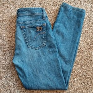 Joe's Jeans Muse Fit Shortened Boot Cut Size 24
